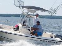 2003 Sea Hunt Triton 172 with SG300