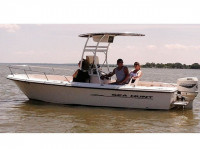 1998 Sea Hunt Triton 200 with SG300