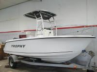 2007 Trophy 19' Center Console with SG300