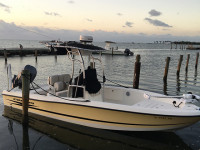 2006 Hydrasport Bay Boat with SG600