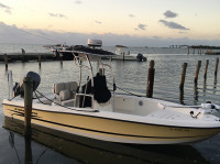 2006 Hydrasport Bay Boat with SG600