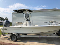 2015 Nautic Star 2110 with SG300