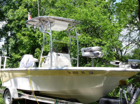 2006 Nautic Star Bay 1800 with SG600 T-Top