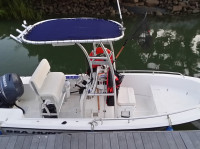 Sea Hunt 172 with SG300 T-Top