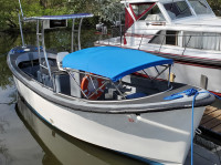1997 OTEC 26ft Motor Surf Boat with SG300 T-Top