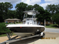 2013 Glasstream 192 center console with SG600 T-Top