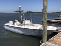2000 Sea Hunt Triton 200 with SG300 T-Top