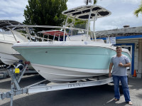 2019 Robalo R180 CC with SG600 T-Top