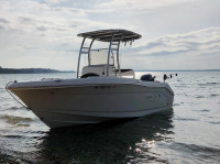 2019 Robalo R180 with SG300 T-Top