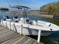 2021 Robalo R202 Explorer with SG600 T-Top